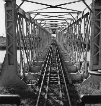 Puente del ferrocarril sobre el Rio de La Plata cerca de Dorado, Puerto Rico