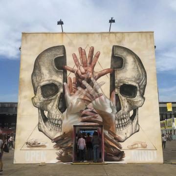Open your mind (Tempelhof, Berlin, Alemania)